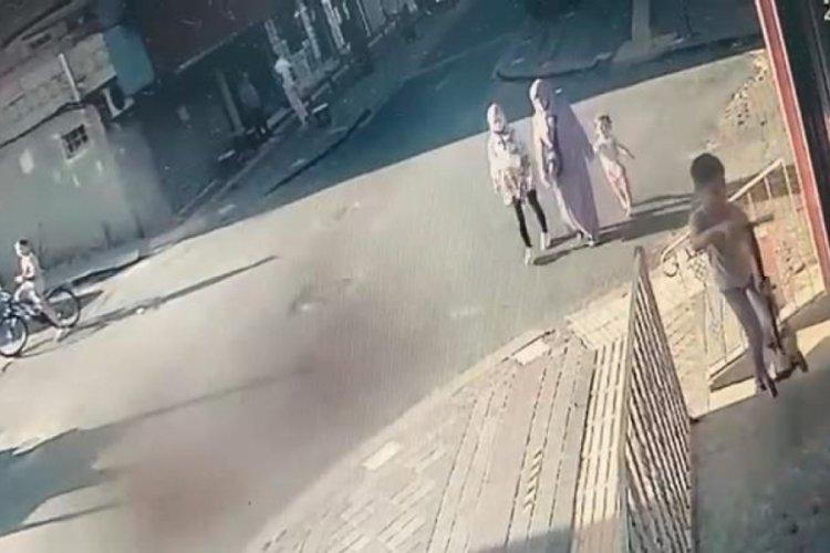 Balkon çöktü! Anne ve 3 çocuğu ölümden döndü