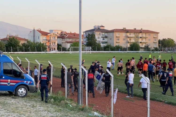 Amatör Lig'de kavga! Polis müdahale etti