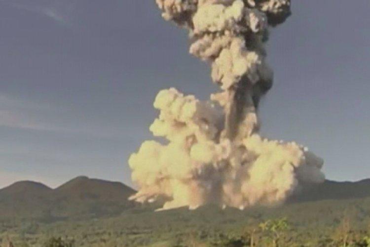 Yanardağ patlaması, saniye saniye kaydedildi