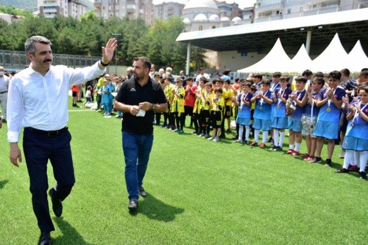 Bursa Yıldırım'da Kulüpler Arası U12 Futbol Turnuvası düzenledi