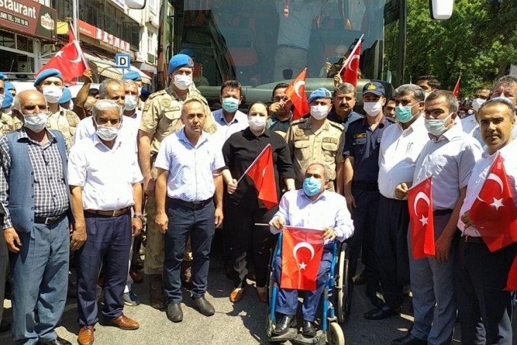 Suriye'den dönen Özel Harekatçılar, mehteran takımıyla karşılandı