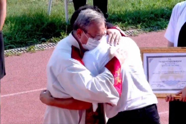 Rüya Maviş kanserden öldü, mezuniyet töreninde gözyaşları sel oldu