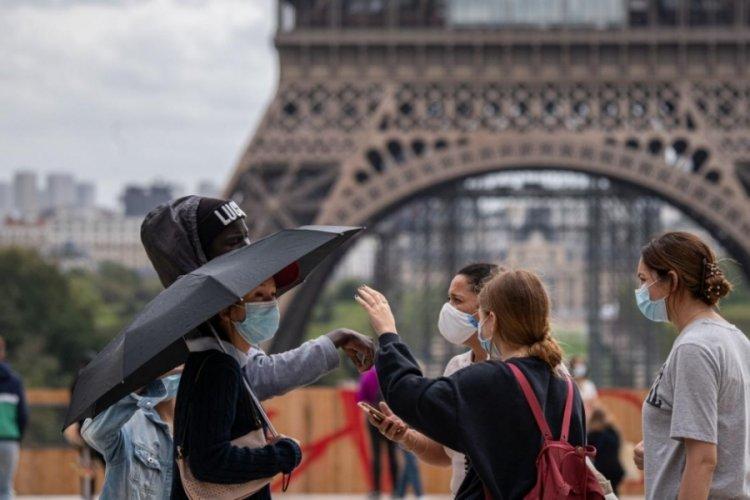 Fransa'da son 24 saatte 2 bin 457 yeni vaka