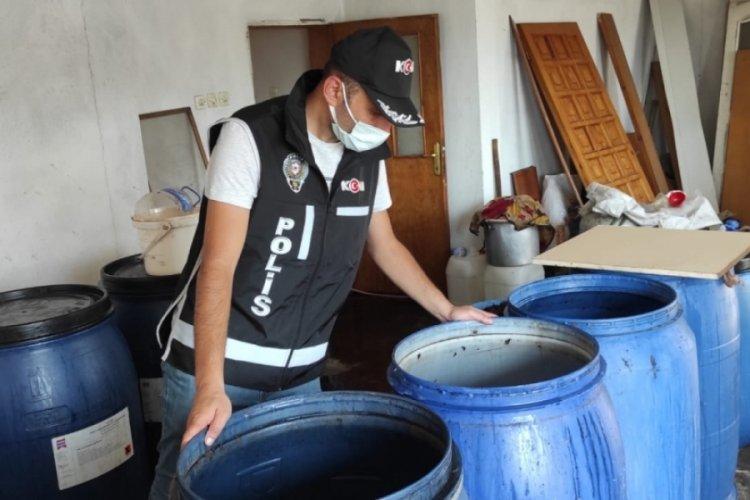 Bursa'da 1 ton kaçak içki ele geçirildi