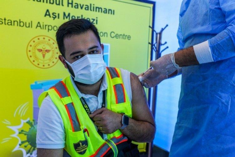 İstanbul Havalimanı'nda Türk yolcuların aşılanmasına başlandı