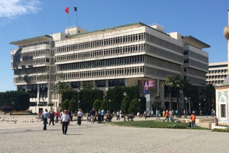 İzmir Büyükşehir Belediyesi'nde en düşük işçi maaşı 7 bin 134 lira