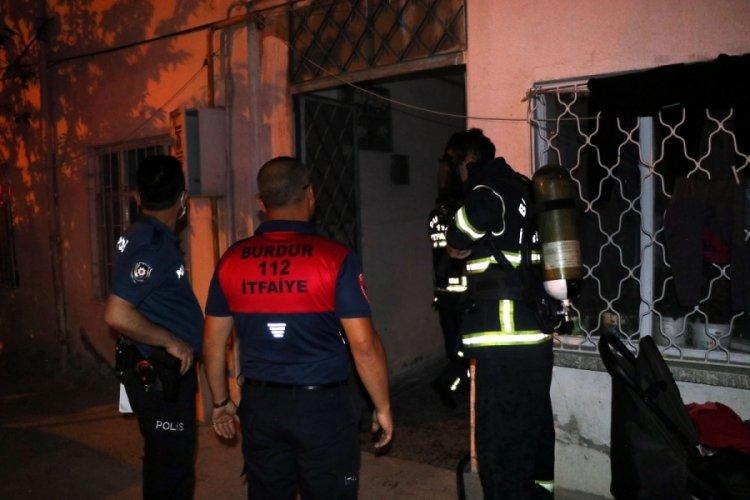 Suriyeli ailenin kaldığı evde yangın: 4'ü çocuk 6 kişi kurtarıldı