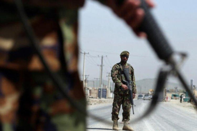 ABD, Bagram Hava Üssü'nü Afganlara devretti