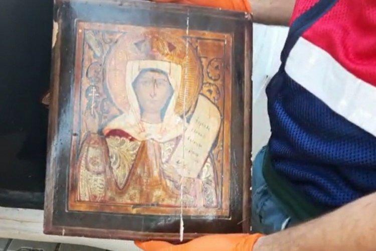 Bursa'da tarihi eser kaçakçılığı: 2 gözaltı