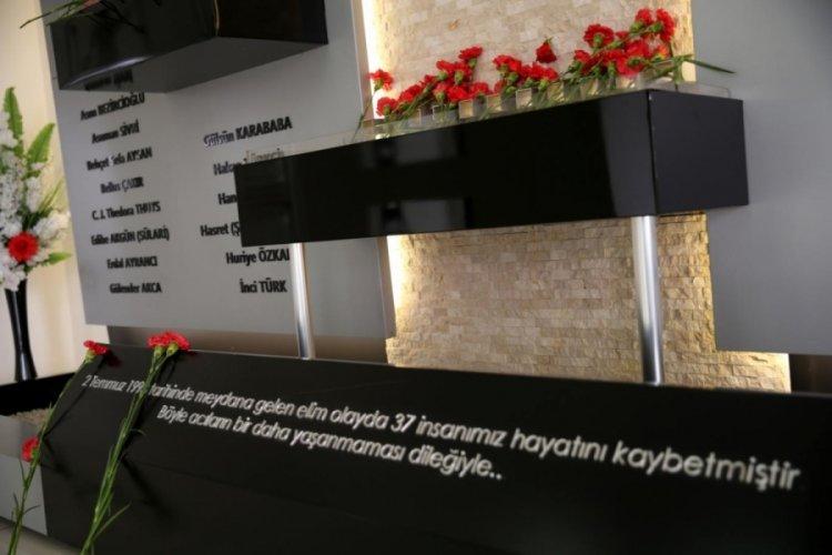 Madımak katliamına hayatını kaybedeler anıldı