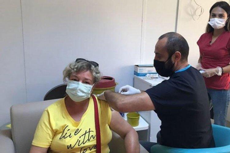 Bakan Koca'dan 1 milyonuncu doz aşı paylaşımı