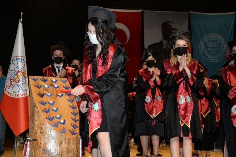 Bursa'da veteriner hekimlerin mezuniyet heyecanı