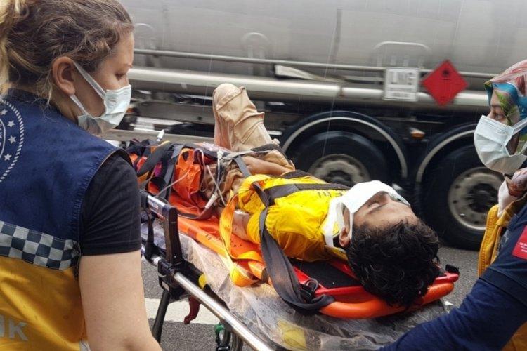 TEM Otoyolu'nda yağış kazayı beraberinde getirdi: 6 yaralı