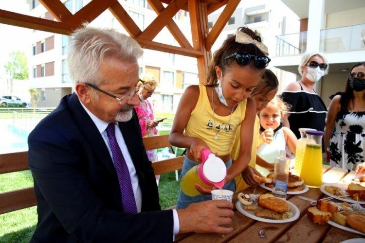 Bursa Nilüfer Belediye Başkanı Erdem'den o çocuklara sürpriz