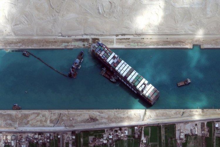 Süveyş Kanalı'nı tıkayan Ever Given serbest bırakılacak