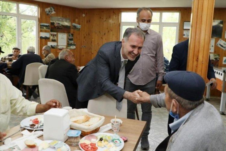 Bursa İnegöl Belediye Başkanı Taban, huzurevi sakinleriyle kahvaltı yaptı