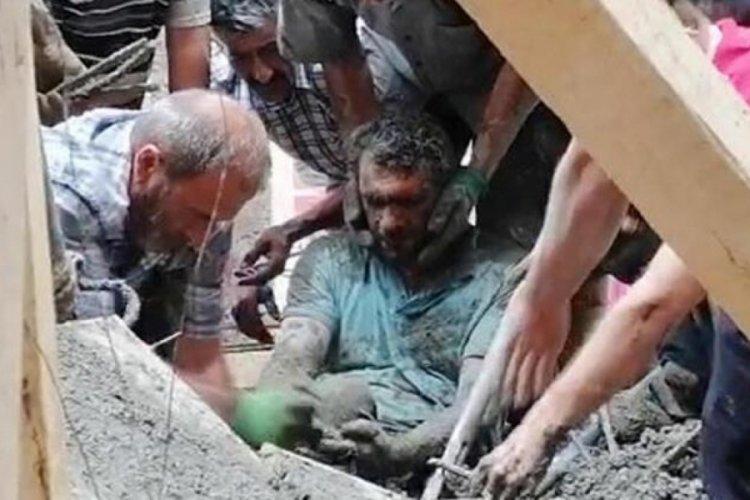 Cami inşaatında kalan 3 işçi çıkarıldı
