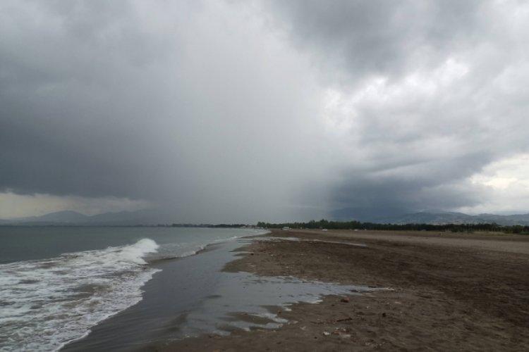 Sel ve su baskınlarına yol açan lokal yağmurları!