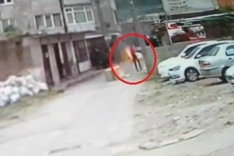 Bursa'da üzerine benzin döküp kendini ateşe veren genç hayatını kaybetti