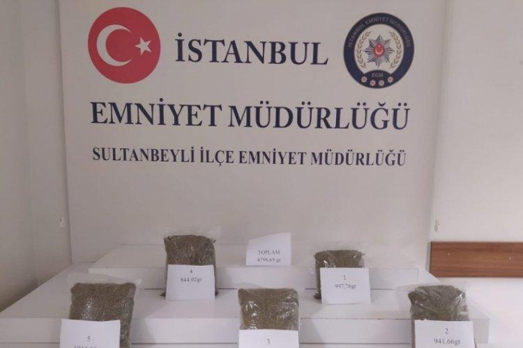 Sultanbeyli'de kilolarca uyuşturucu ele geçirildi