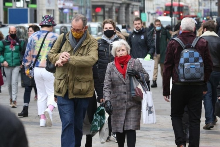 İngiltere'de günlük vakalar 30 binin üzerinde