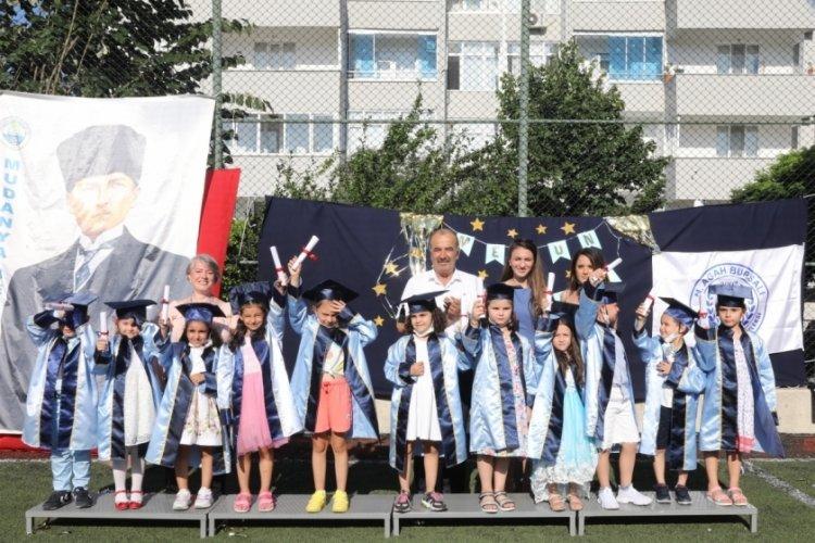Bursa'da Agah Bursalı Kreşi'nde mezuniyet coşkusu