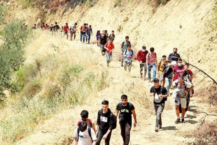 Afgan kentliler kaçma hazırlığında
