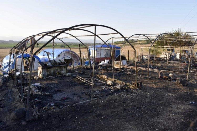 Bursa'da mevsimlik işçilerin kaldığı çadır yandı!