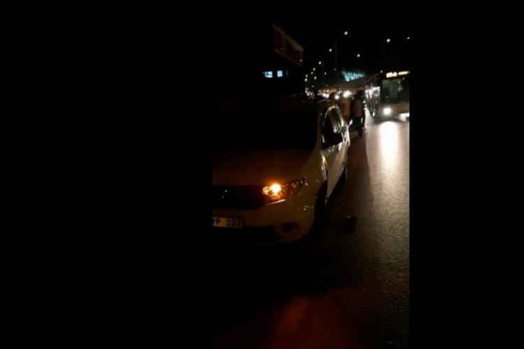 Bursa'da alkollü sürücü kağıt toplayıcısına çarptı