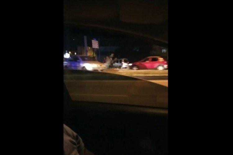 Bursa'da bisikletle seyir halindeyken otomobil çarptı!