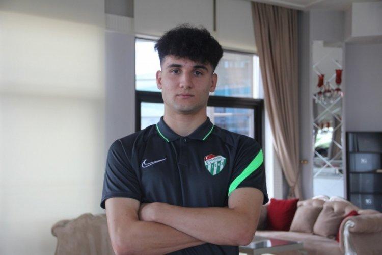 """Bursasporlu Tuğbey Akgün: """"En büyük hayalim Manchester United"""""""