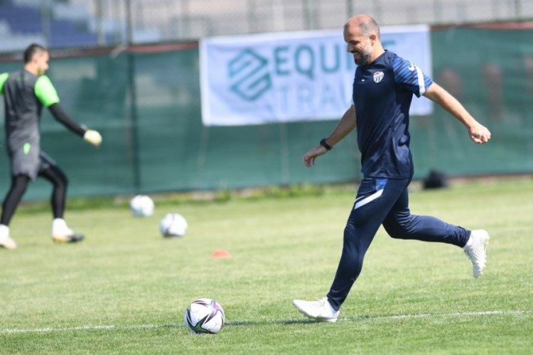 Mustafa Er'den oyunculara uyarı: Yüzde 100 konsantre