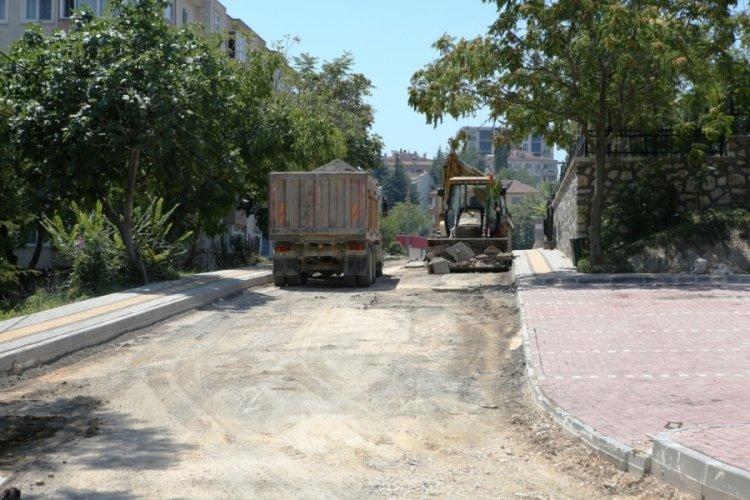 Bursa Nilüfer'de 6 ayda 15 kilometre yol asfaltladı