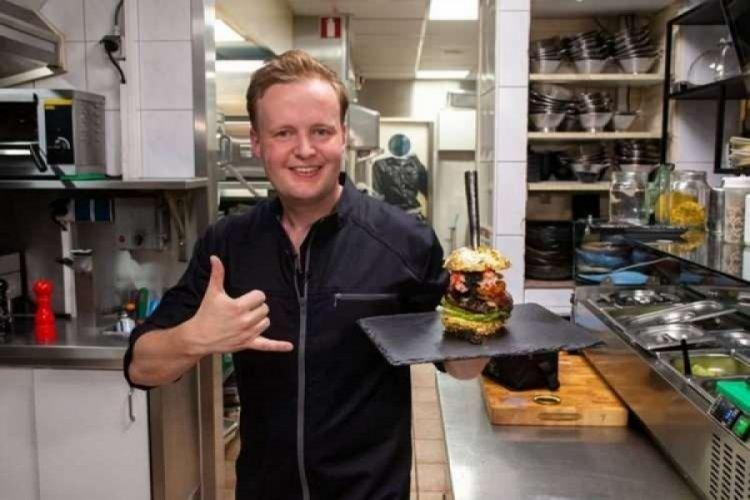 Dünyanın en pahalı hamburgeri 5 bin euroya satıldı