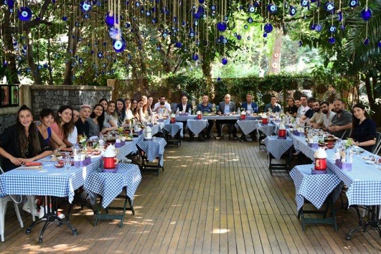 """TVF Başkanı Üstündağ, """"Filenin Sultanları"""" ile kahvaltıda buluştu"""