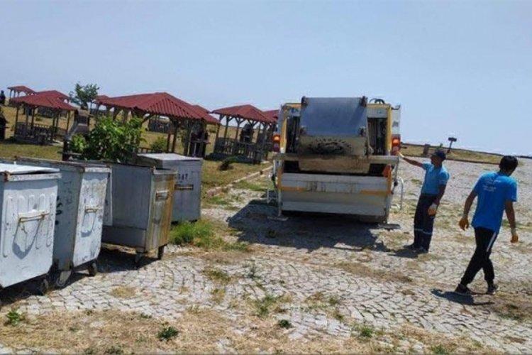 Tekirdağ'da çöpler, kamyonlara sığmadı!