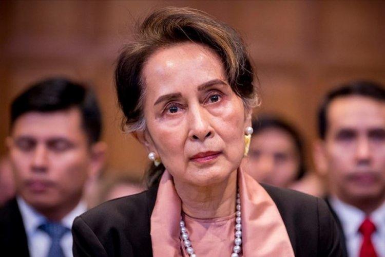 Dışişleri Bakanı Aung San Suu Çii'ye 4 yeni yolsuzluk davası!