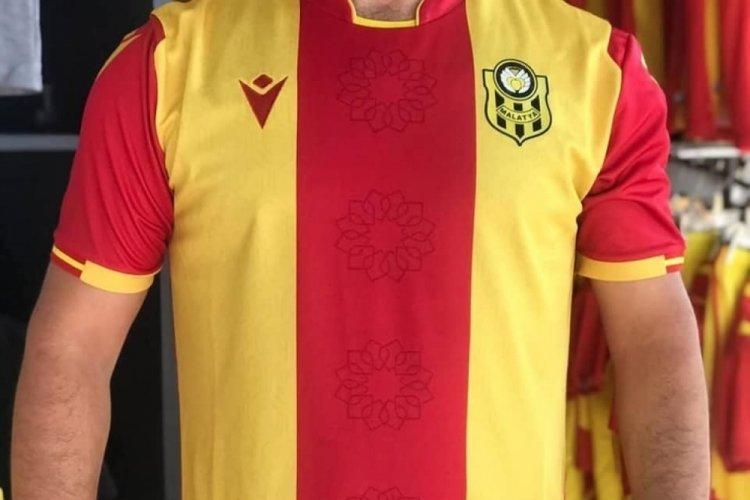 Yeni Malatyaspor yeni sezon formalarını tanıttı