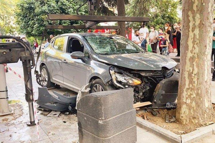 Bağdat Caddesi'ndeki kazada sürücü tutuklandı