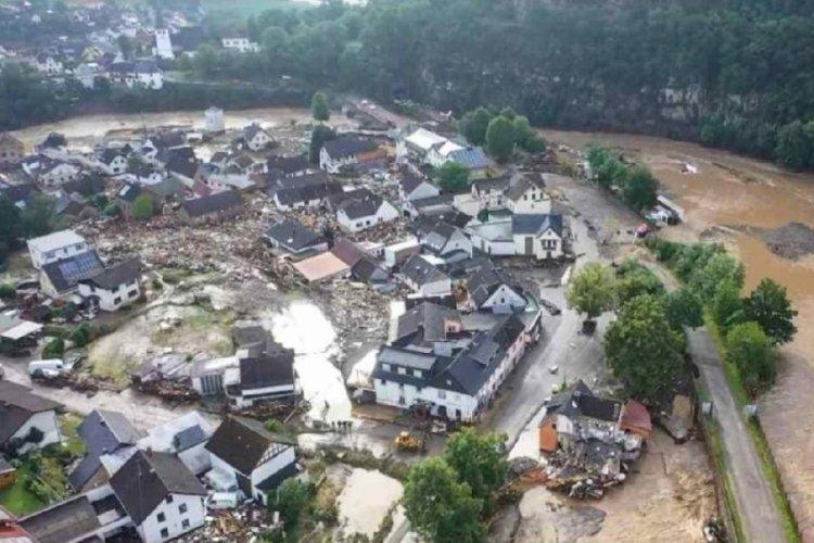 Almanya'yı sel vurdu! 42 ölü