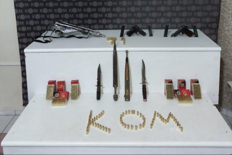 Kırıkkale'de evinde silah ve kasatura bulunan şüpheli tutuklandı