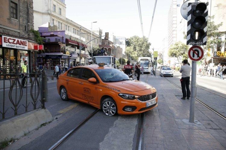 İstanbul'da tramvay hattında kaza
