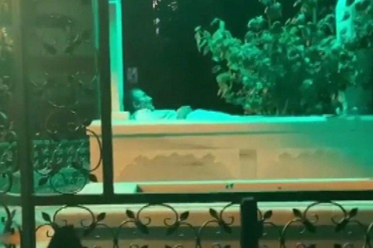 """Bursa'da """"yatır benim"""" dedi içine girerek yattı!"""
