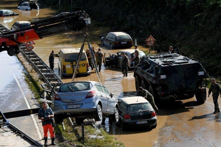 Almanya'daki felakette 141 kişi öldü