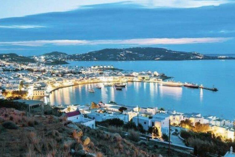Yunanistan'da aşı olmayana eğlence yasak