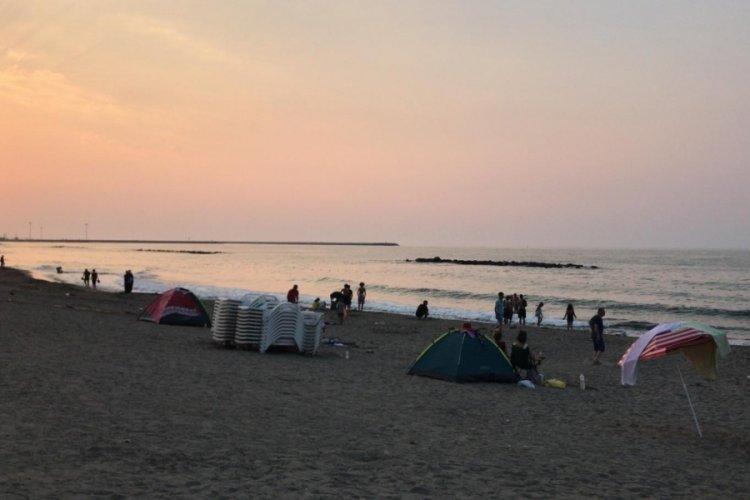 Sakarya'da denize giren 32 kişi kızarıklık sebebiyle hastaneye gitti!