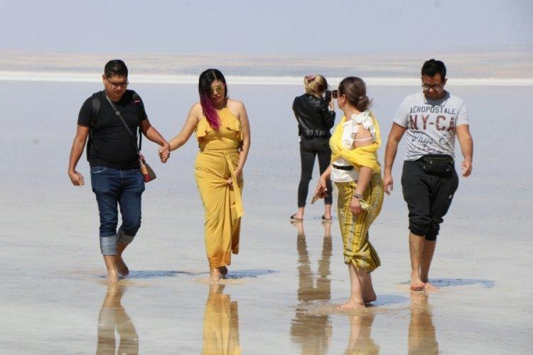 Tuz Gölü sahillerdeki yoğunluğu aratmadı
