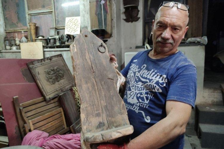 Bursa'da çöpe gidecek tarihî ahşaplar dünyaca ünlü restoranlara mobilya oldu