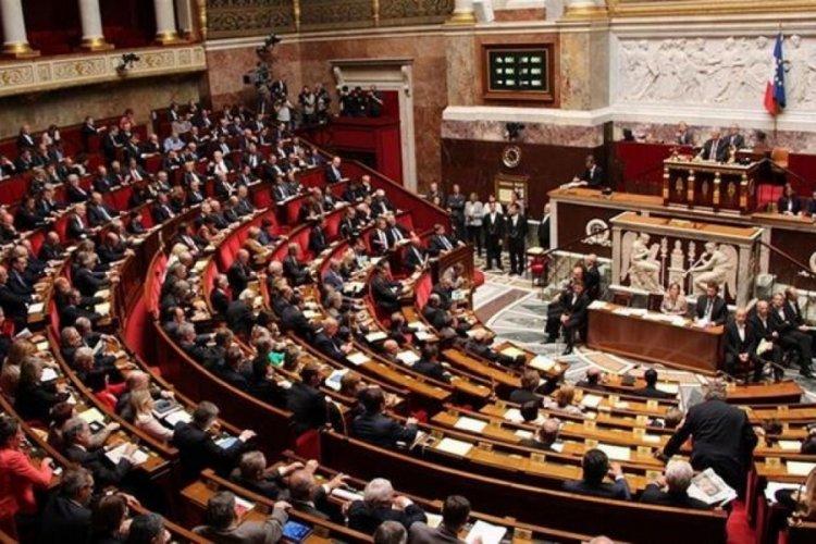 Fransa'da yasa tasarısı Ulusal Meclis'te kabul edildi