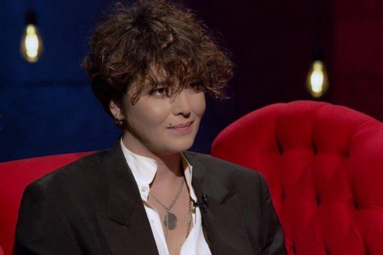 Eski Türkiye güzeli Senem Kuyucuoğlu, kız arkadaşıyla aşka geldi